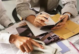 paper代写,资金流动性,留学生作业代写,汇率管理,论文代写