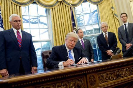 留学,美国留学,川普新政,美国免面签取消,美国代传递签证取消