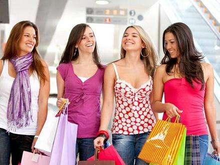 美国留学买衣服贵吗,美国留学如何买衣服,代写英文论文,assignment代写,美国作业代写
