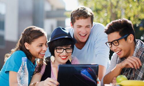 美国留学要注意什么,美国留学风俗习惯,essay代写,留学生作业代写,英文论文写作技巧