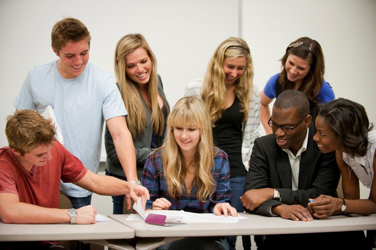 美国大学的教学特点,中美文化差异,留学生作业代写,paper代写,经济学论文代写