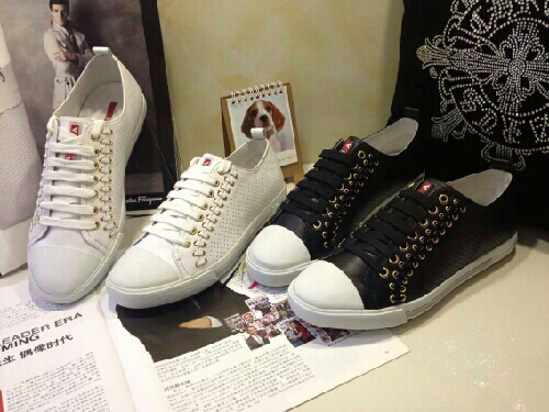 shoes,鞋子,assignment代写,paper代写,美国作业代写