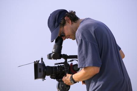 Video camera,电视摄像技巧,essay代写,paper代写,美国作业代写