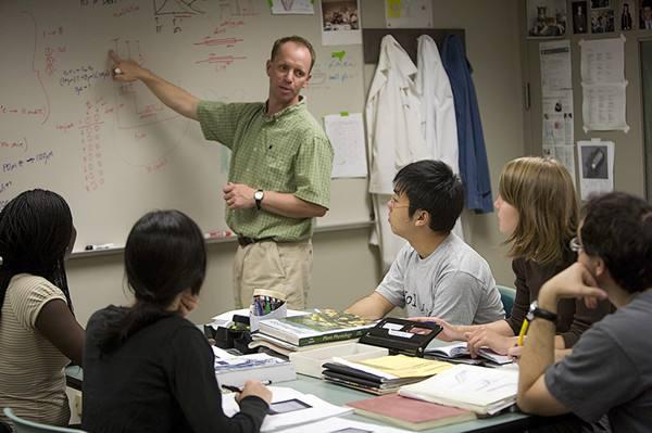 universities teacher recruitment,美国高校教师招聘,论文代写,paper代写,北美作业代写