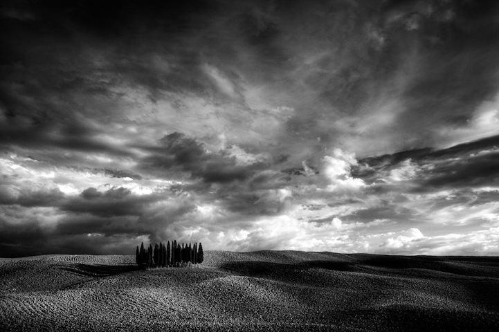 Black and white photography,黑白摄影,essay代写,paper代写,北美作业代写