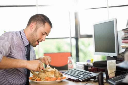 Eating Lunch,员工的午餐,essay代写,paper代写,作业代写