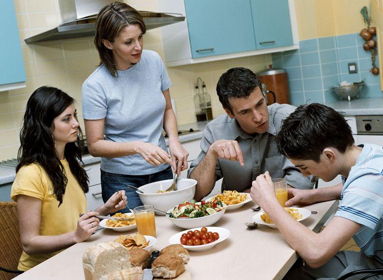 dinner table education,美国餐桌教育,essay代写,作业代写,代写
