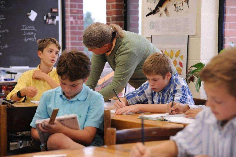 curriculum,美国中学课程设置,essay代写,作业代写,代写