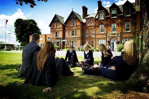 New curriculum reform,英国中学新课程改革,essay代写,作业代写,代写