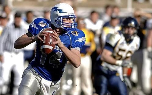 sports heroism,美国体育英雄主义,essay代写,paper代写,作业代写