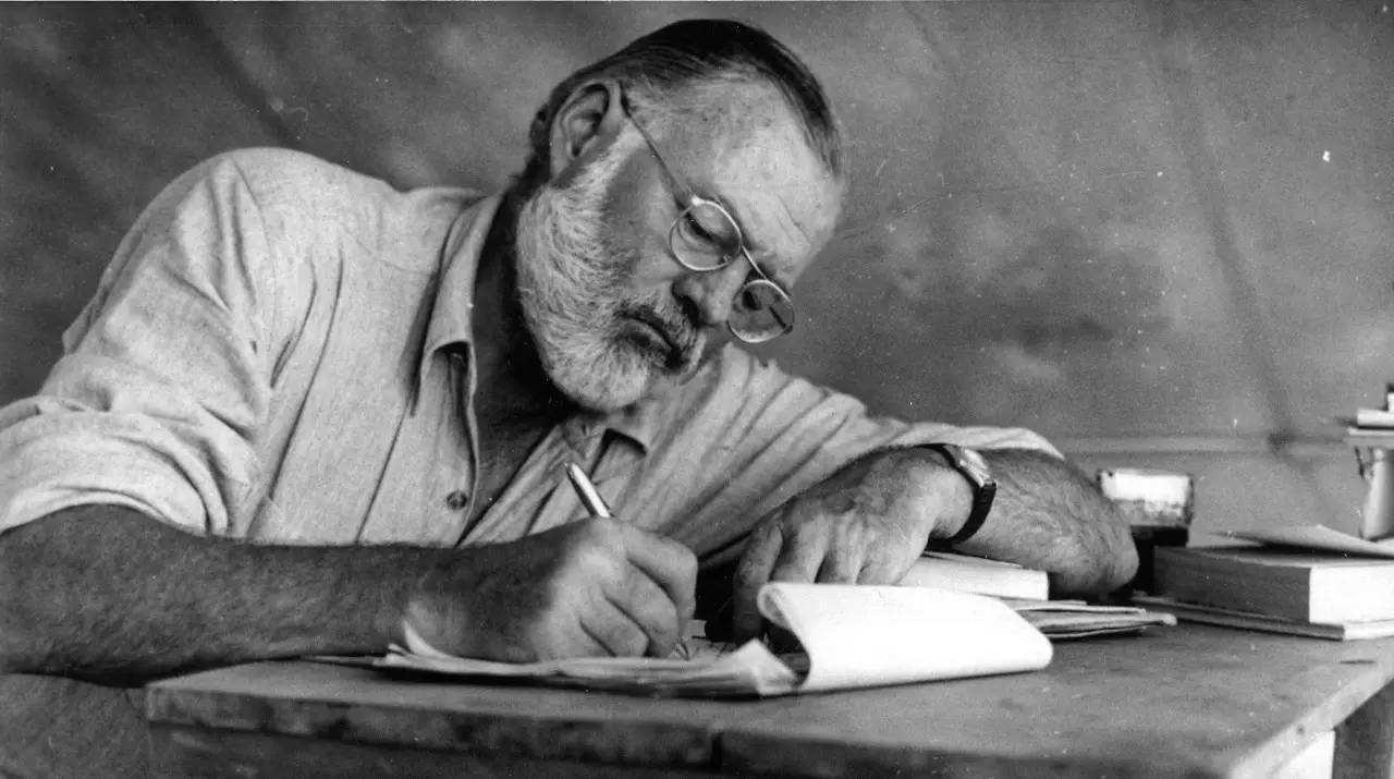 Hemingway,海明威准则英雄,assignment代写,paper代写,北美作业代写